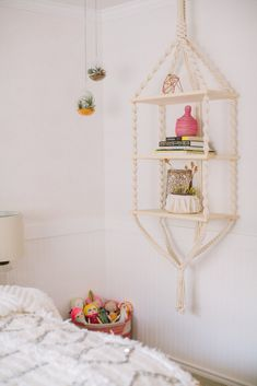 Decor idea: stow away tows in handmade baskets