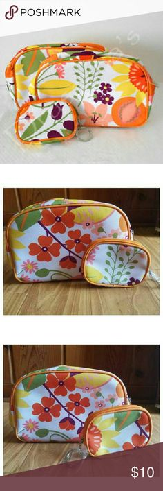 2-Clinique Cosmetic's/Makeup  Bag's Clinique Cosmetic's/ Makeup bag very cute with small coin wallet  Style:Flowers Condition: Brand new Clinique Bags Cosmetic Bags & Cases