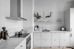my scandinavian home: Swedish kitchen in shades of grey / Alvhem Design Blog, Küchen Design, House Design, Old Kitchen, Kitchen Decor, Kitchen Black, Interior Design Kitchen, Interior Design Living Room, Modern Interior