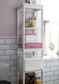Keep your bathroom organized in style with open storage for towels with HEMNES shelving units!
