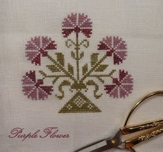 Stitches by Carin: March 2012 - Marnie Loken - Cross Stitch Geometric, Easy Cross Stitch Patterns, Cross Stitch Designs, Celtic Cross Stitch, Simple Cross Stitch, Cross Stitch Flowers, Cross Stitching, Cross Stitch Embroidery, Hand Embroidery