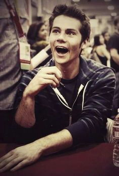 Hey I'm Dylan O Brien. I'm an awkward goof and I have like no friends! PLEASE INTRODUCE