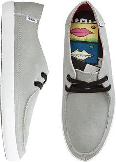 rata vulv shoe ++ vans