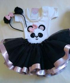 Fantasia Infantil Tutu Festa Panda Menina Panda Themed Party, Panda Birthday Party, Panda Party, Bear Party, Baby Birthday, Panda Outfit, Panda Bebe, Panda Cakes, Princess Outfits