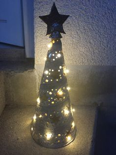 Gelis Ideen aus Ton - Windlichter click the image or link for more info. Hand Built Pottery, Slab Pottery, Ceramic Pottery, Pottery Barn, Ceramic Clay, Ceramic Painting, Ceramic Christmas Decorations, Pottery Angels, Expensive Art