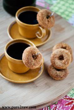 baked mini gluten-free vanilla cardamom cake donuts - for my donut maker maybe? Gluten Free Donuts, Gluten Free Sweets, Gluten Free Baking, Beignets, Donut Recipes, Real Food Recipes, Bagels, Cannoli, Paleo Dessert
