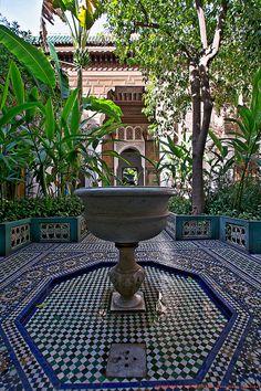 Bahia Palace. Res med oss till exotiska och färgstarka Marrakech!   http://www.alltomtradgard.se/marrakech