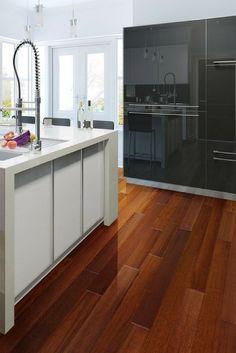 4 ambiances d co pour une cuisine blanche et tendance for Wood floor quality grades