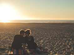 13 Relationship Milestones You Don't Have To Reach By 30 | Bustle