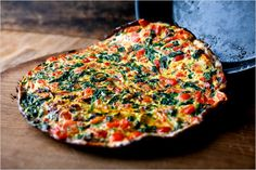 Spinach and Red Pepper Frittata -- think I would add some crumbled feta to the top :)