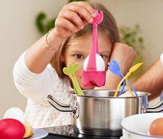 Dzięki tym przedmiotom przygotowania wielkanocnego stołu staną się prawdziwą frajdą dla mamy i dziecka.