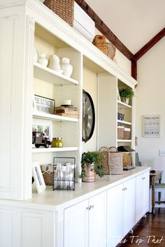 I love how this home owner painted her existing cabinetry to get a fresh new look. via @Top This Top That .