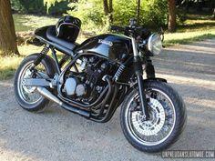 La Kawasaki Zephyr 750 de Tom...
