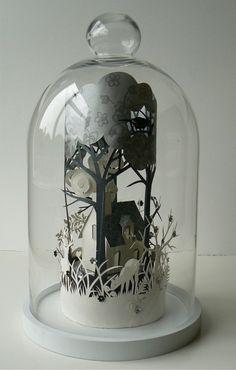 papercut terrarium.  this gives me goosebumps.  i <3 paper!
