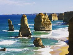 The amazing 12 Apostles Great Ocean Road Australia #travelwithus #WanderAnts #travel #agency #agent #agents #travelagency #travelagent #travelagents #holidays #holidaypackages #vacation #vacations #tours #sightseeing #sightseeingtours #Australia #greatoceanroad #traveling #travelling #travelgram #tourism #traveltheworld #traveltheglobe #getintouch #withus by wanderants