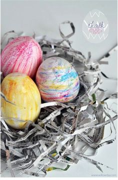 Willowday chalk Easter eggs craft via The Crafty Crow