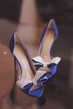In love with these blue jeweled heels! #watters #somethingblue www.pinterest.com/wattersdesigns