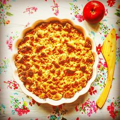 Crumble Apple Pie #crumble #crumbles #applepie #äppelpaj #autumnrecipes #baking #pie #pies #krümel #smulpaj #äpple #äpfel #instagood #instafood #instahealth #instafitness #instafit #backen #yummy #delicious