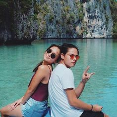 "Check out these ""kilig"" picture of KathNiel cooking together Ulzzang Couple, Ulzzang Girl, Filipino, Kathryn Bernardo Photoshoot, El Nido Palawan, Daniel Johns, Daniel Padilla, Beach Poses, Best Couple"