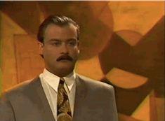 Y finalmente, cuando tienes una competencia de miradas con Ron Swanson de joven: | 26 GIFs de telenovela perfectos para cada situación en la vida
