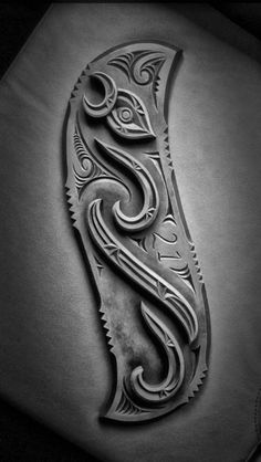 21st bday key Wolf Dreamcatcher, Maori Patterns, Maori Art, Wood Carving, Tribal Tattoos, Dream Catcher, Jade, Diy And Crafts, 21st