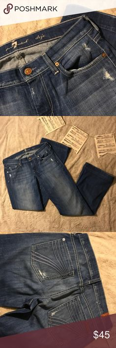 7FAMK Dojo Jeans Size 28 Dojo jeans with a great wash and distressing on the pockets. There's a little wear at the hem; otherwise, these are a beautiful pant!  Smoke-free home with pets.  Bundle for a discount! Reasonable offers considered. 7 For All Mankind Jeans
