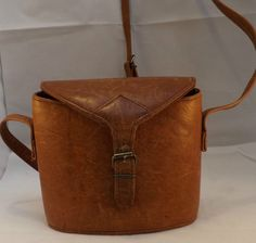 Vintage Small Tan Leather Rigid Bucket Bag  Fab Leather Lace Detail To Back
