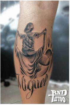 Tattoo futebol, tatuagem futebol, pai e filho, black and white, preto e branco