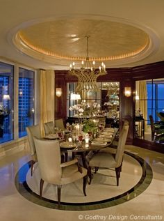 Naples Luxurious Dining Room | Formore dining room inspirations visit http://www.bocadolobo.com/en/products/#cat-tables-desks