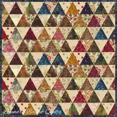 """Laundry Basket Quilt of the Day """"Scrappy Basket Trio - Thousand Pyramids"""" #quiltoftheday #edytasitar #laundrybasketquilts #triangles"""