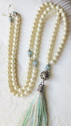 Mala necklace gem beads 108 pearls Amazonit handmade tassel OOAK yoga mantra prayer turqoise cream white silver / Mala Kette aus 108 Muschelkernperlen Amazonit Perlen und handgemachter Quaste. Neu in meinem DaWanda-Shop