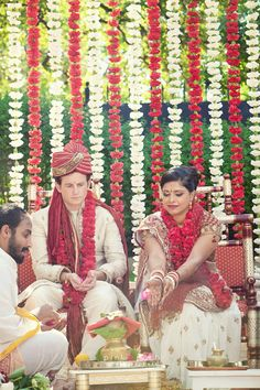 Pink Posh Photography   Austin Texas Hindu Wedding Ceremony   The Allan House   Red White and Yellow Mandap   Hanging Flower Garland   Hindu Tradition