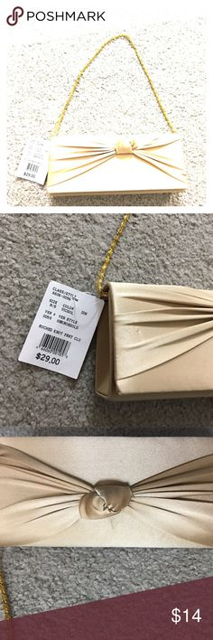 Davids bridal formal prom wedding party purse nwt David's bridal formal prom or wedding purse the color is VICGOLRUCHED not front clutch priced at $29 David's bridal non-smoking home fast delivery at an excellent price get it today David's Bridal Bags Clutches & Wristlets