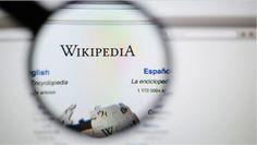 Tiedon aarreaitta ja kaikkien käsillä oleva avoin ensyklopedia, suomenkielinen wikipedia täyttää 15-vuotta.