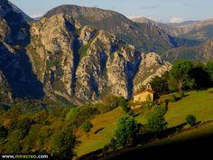 Maravillas de Asturias. Tejo y ermita de Bermiego, Quiros  #asturias   #bermiego   #quiros   #turismo   #tourism   #viajes   #travels   #excursiones   #mirecreo