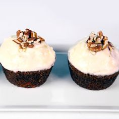 Carrot Cupcakes with ginger cream cheese frosting - saw these on today's show MUST try!