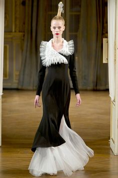 Alexis Mabille Fall 2012 Couture Fashion Show - Lauren Bigelow (NEXT)
