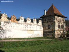 Gyergyószárhegy - Lazarea, #Transylvania Mountaineering, Palaces, Trekking, Backpacking, Castles, Hiking, Adventure, Building, Travel