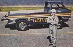 "60s CHEVROLET Corvair Greenbriar pick-up , "" the Fugitive "" wheelstander"