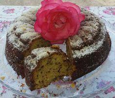 """Η Συνταγή είναι της κ.Artemis Stamatis -""""ΟΙ ΧΡΥΣΟΧΕΡΕΣ / ΗΔΕΣ"""". Πιστέψτε με καλύτερο από το κανονικό πολύ αρωματικό... Υλικά (η κούπα να είναι 250 ml ή η κούπα του νες) 3 1/2 κούπες αλεύρι που φουσκώνει μόνο του 2 κούπες Dairy Free, Deserts, Food, Cakes, Cake Makers, Essen, Kuchen, Postres, Cake"""
