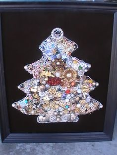 Vintage - Jewelry Christmas Tree - Pearl Outline