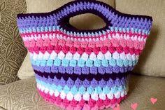 Featured cluster stitch bag