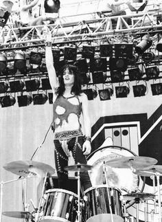 Tommy Lee, Rare Photos, Classic Rock, The Man, Concert, Sexy, Drummers, Collection, Rocks