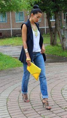 como usar colete alfaitaria preto com jeans e camiseta branca larissa lanzo consultoria de estilo
