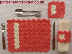 Free crochet pattern for table setting http://patternsforcrochet.co.uk/place-setting-usa.html #patternsforcrochet #freecrochetpatterns