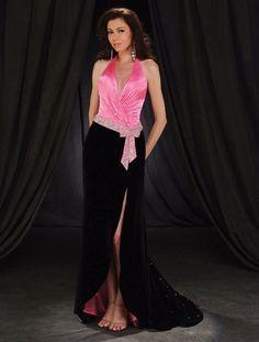 Vetido de noche color rosa y negro.