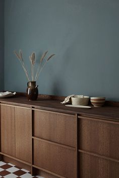 4 tips on how to take care of your countertop - Nordic Kitchen - Furniture - Our guide to a durable worktop and be inspired by the latest design. With us you can buy everything - Home Interior, Kitchen Interior, Interior Styling, Interior Plants, Nordic Kitchen, Scandinavian Kitchen, Küchen Design, House Design, Design Color