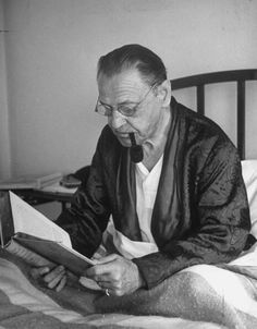 William Somerset Maugham. 1944: pic.twitter.com/krzV5qsVli