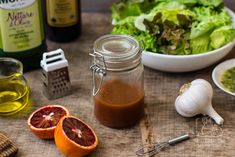 3 pomysły na domowe sosy do sałatek i rady jak zrobić dobry dressing Chilli, Food And Drink