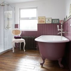 Inspiring design ideas on how to create the perfect Bathroom design layout. Awesome Victorian Bathroom Colors Ideas will inspire you a. Victorian Style Bathroom, Modern Victorian, Vintage Bathrooms, Victorian Homes, Victorian Fashion, Victorian Kitchen, Bad Inspiration, Bathroom Inspiration, Bathroom Styling
